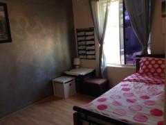 アリススプリングスで一軒家の部屋が空いています。