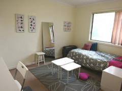 建物貸切! 広いオウンルーム、キッチン&バスルーム。駅近女性