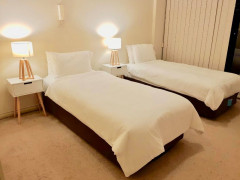 Luxury room share for 2 ppcity