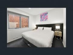 Fully furnished 1-bedroom
