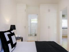 タイトル: 美しい1ベッドルームアパートメント