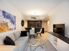 Stunning Fully Furnished 1 Bed