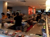 パディスマーケット3階、回転寿司 匠 ---キッチン、ホールスタッフ大募集!!!---