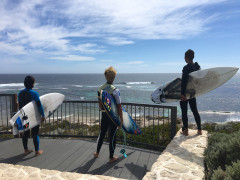 SURF AND WORK IN MARGARET RIVE