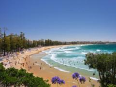 シドニーの有名なビーチ前のホテルにてフロントスタッフ募集!!