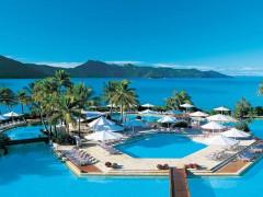 大人気の超有名リゾートアイランドで複数名募集!