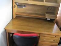 システム勉強机(日本製)売ります。