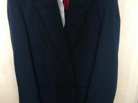 メンズLサイズのスーツ35$ と ヘアアイロン15$
