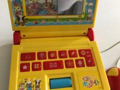 【値下げ】赤ちゃん・幼児用パソコン風おもちゃ5ドル
