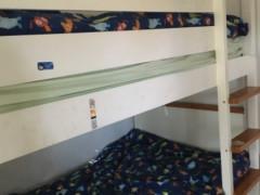 2段ベッドの一段だけ100ドル
