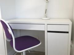 IKEA学習机、イス、ライト