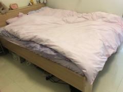 木製ベッドフレーム:15ドル!!!