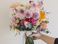 ウェディングブーケ、会場装花、ギフトフラワー、配達承ります♪