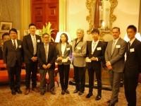 名古屋市から派遣された市民ランナーがシドニー市役所を訪問