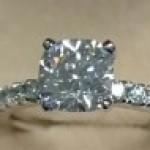 クッションカットダイヤモンド