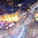 マルディグラ・パレードの裏側