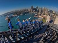 ブリッジクライム参加で1時間15分のシドニー湾を巡る無料特典クルーズ付いてきます!