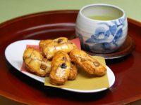 パリパリお煎餅フェア&試飲食会も充実の9月のスペシャル ●東京マート●