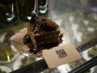 梅酒のCHOYAと人気カフェBlack Star Pastryがコラボ商品をリリース