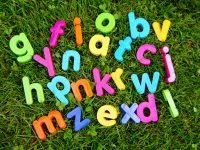【英語初心者向け】1ヶ月目から効果がでる英単語の覚え方コツ。確実に語彙力を増やす勉強法!