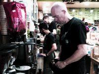 耳で楽しむオーストラリアのカフェ
