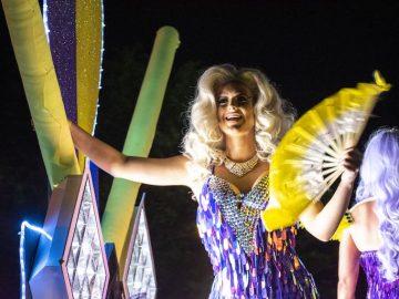 【マルディ・グラ】50万人が熱狂したLGBTQIのパレード!