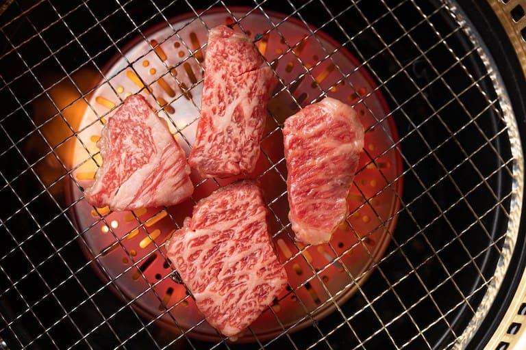 今なら20%オフ!和牛焼肉「黒桜」がチャッツウッドにオープン