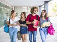 ウーロンゴン大学から、授業料最大30%の奨学金が出ています!