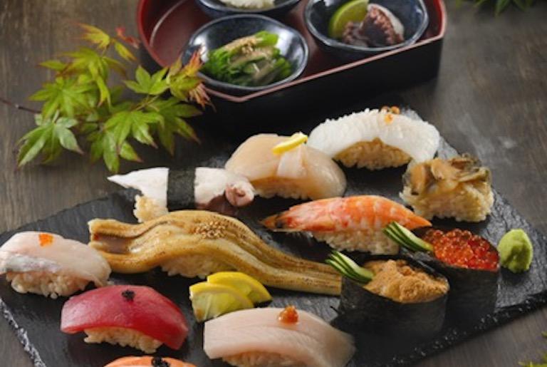 12月8日プレオープン!17時からお寿司が半額「江戸前寿司横丁」