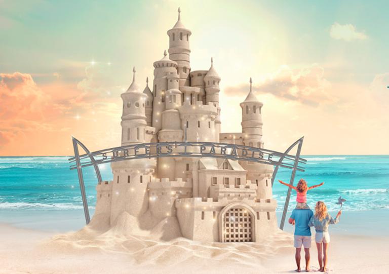 2月のゴールドコーストイベント/ビーチに砂の彫刻が出現