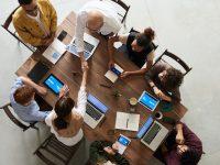 エクセルやメールでの業務を見直すことで作業時間を削減する方法