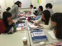 英語を使って指導する日本語教師!間接法という技術