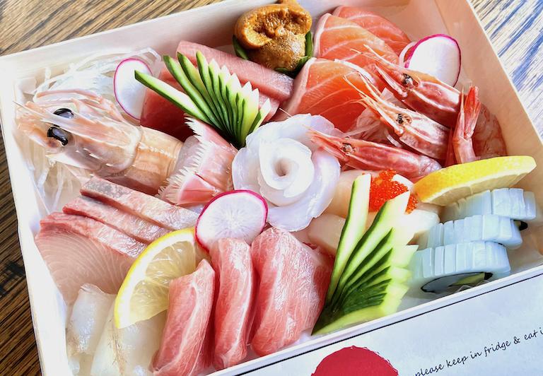 お好みで自由に選べる!寿司と和食のテイクアウェイ&デリバリー
