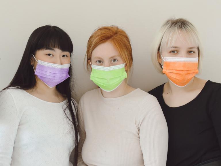 マスク生活が歯の健康に与える影響とは?無意識にやっているかも